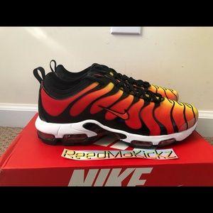 Nike air max plus TN ultra orange black mens sizes NWT